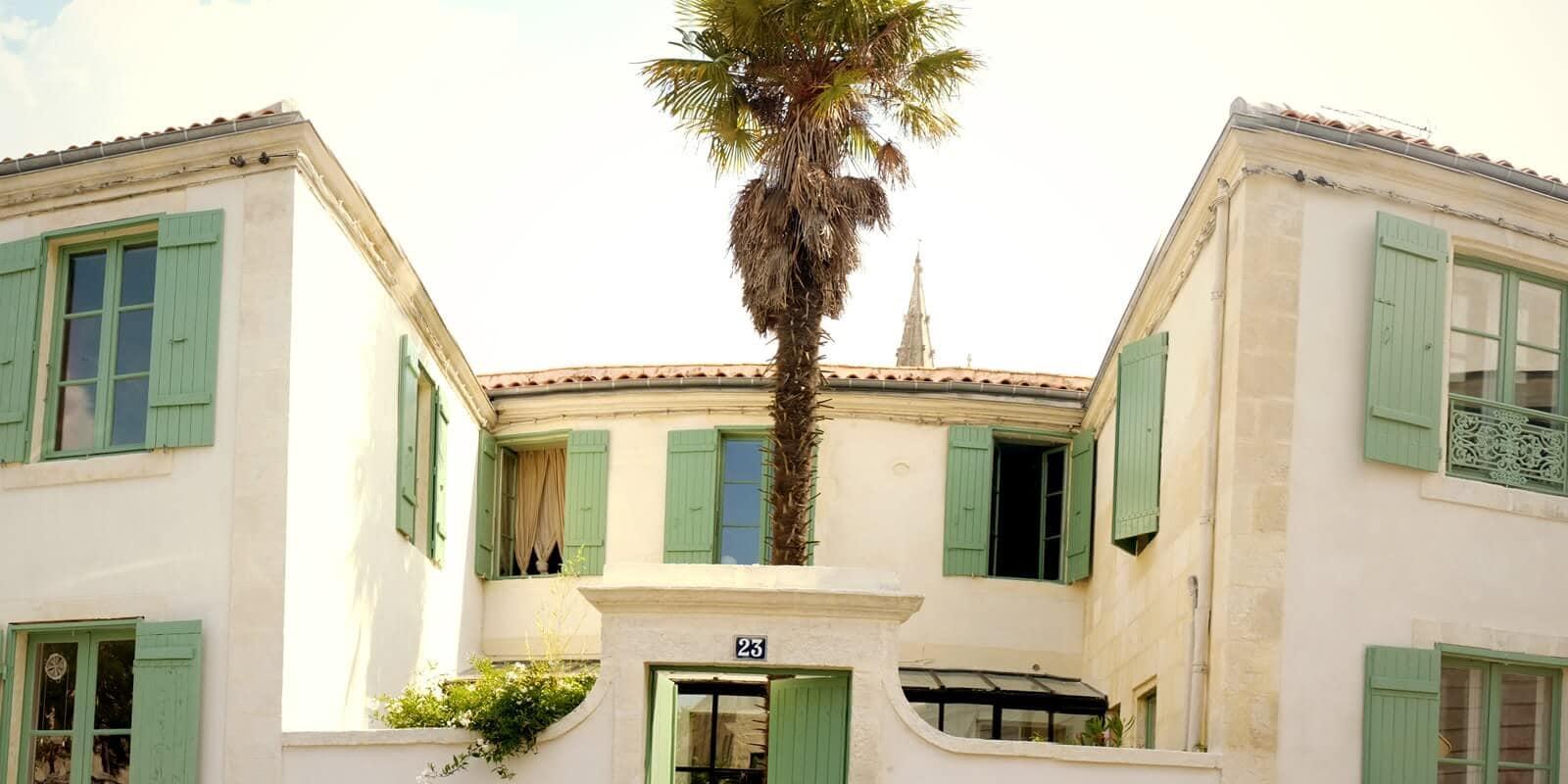 Chambres d 39 h tes la rochelle la maison du palmier centre for Chambre d hote autour de la rochelle